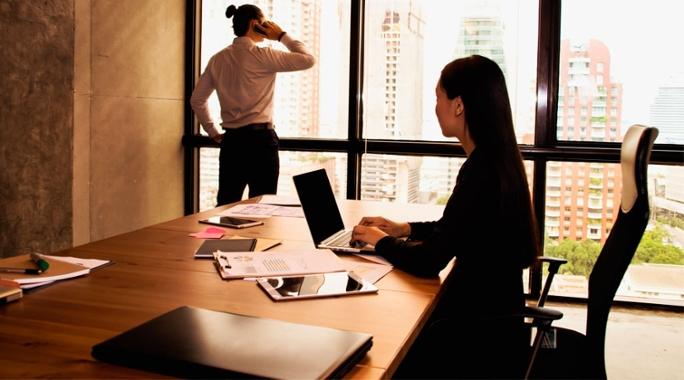 """""""Botão"""" te ajuda a se livrar do """"chato"""" do escritório"""